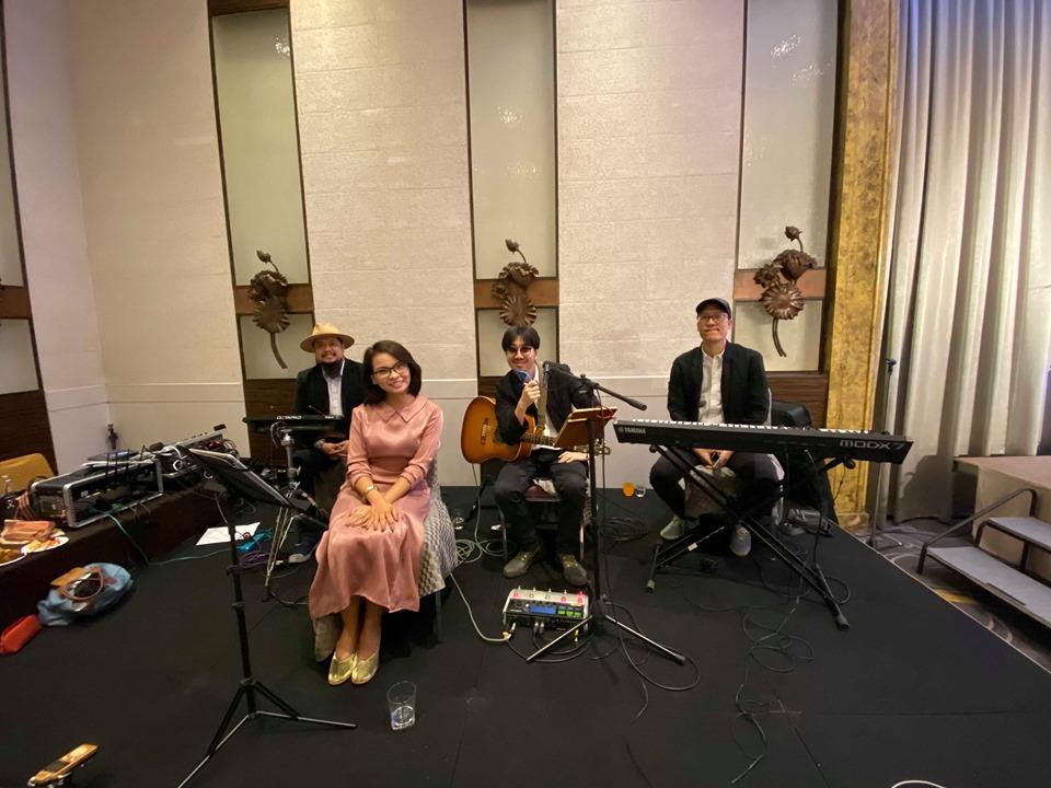 วงดนตรีงานแต่งงาน แอน ธิติมา